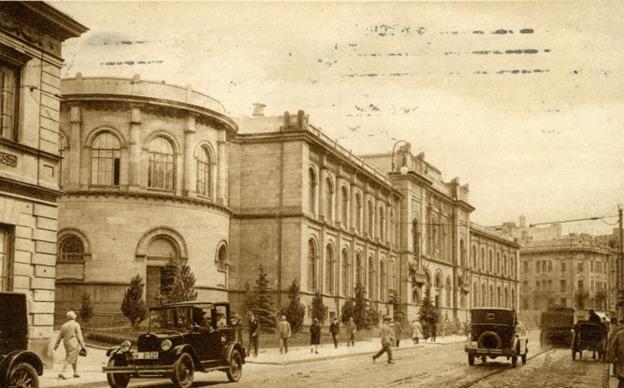 של-רחוב-ביאלנסקה-18-בוורשה-הבית-בו-נולד-קורצאק.